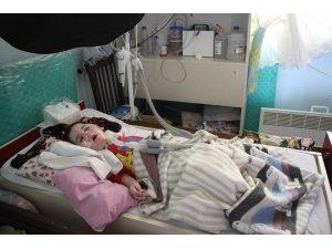 3 kez kalbi duran minik Alperen aile desteğiyle hayata tutunmaya çalışıyor