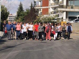 Velilerden okul protestosu