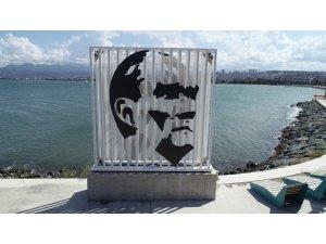 Ordu'da yenilenen Atatürk silüeti yerine konuldu