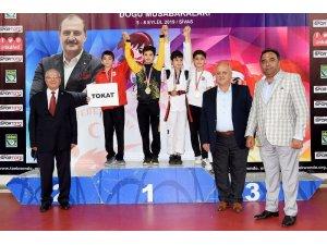 Kayseri Emniyet Müdürlüğü Sporcularından Büyük Başarı