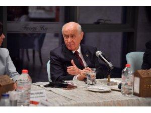 """MHP Genel Başkanı Bahçeli'den """"Susamam""""a tepki"""