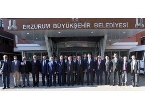 Bakan Turhan'dan Büyükşehir'e ziyaret