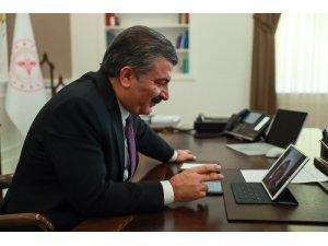 Sağlık Bakanı Koca'dan Almanya'da yılın doktoru seçilen Dr. Dilek Gürsoy'a tebrik