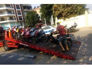 Salihli'de plakasız motosikletlilere uygulama
