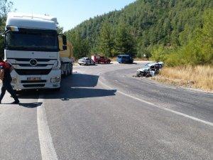 Milas'ta tır ile otomobil çarpıştı; 1 yaralı