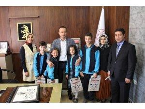 Öğrencilerden Milli Eğitim Müdürü Tekin'e ziyaret