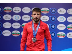 Süleyman Atlı, Dünya Şampiyonası'nda gümüş madalya kazandı