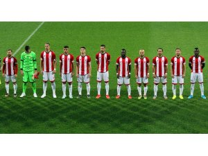 TFF 1. Lig: İstanbulspor: 2 - Balıkesirspor: 2