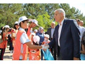 Battalgazi'de 169 ülke ile birlikte aynı zamanda çevre temizliği yapıldı