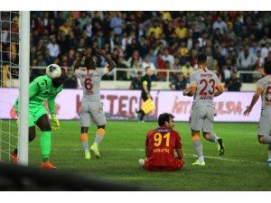 Süper Lig: Yeni Malatyaspor: 0 - Galatasaray: 1 (İlk yarı)