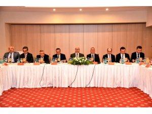 Mülki İdare Amirleri ile Asayiş Güvenlik toplantıları Kuşadası'nda yapıldı