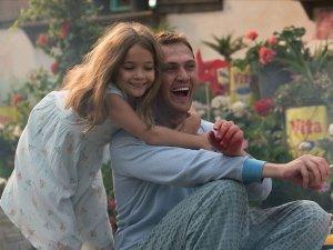 """Ünlü oyuncu Aras Bulut İynemli'nin başrolünde yer aldığı """"7. Koğuştaki Mucize"""" adlı film, 11 Ekim'de sinemaseverlerle buluşacak."""