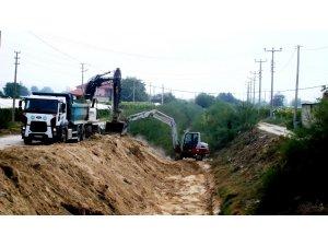 Sarıgöl'de kanalların temizliğine başlandı