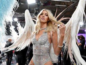 Victoria's Secret ilk kez büyük beden modelle çalışıyor