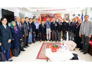 Güney Koreliler Kastamonu'da Kore gazilerini ziyaret etti