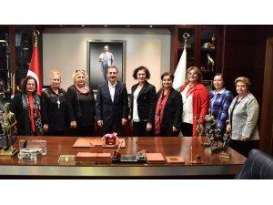 Başkan Ataç Trabzon Yaşam Kadın Derneğiyle bir araya geldi