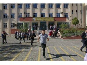 Rize'de gerçeğini aratmayan deprem tatbikatı