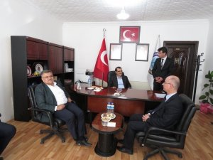 Enerji ve Tabii Kaynaklar Bakanı Dönmez, Dodurga beldesini ziyaret etti