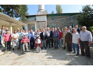 Vali Varol 10 köyde vatandaşlarla buluştu