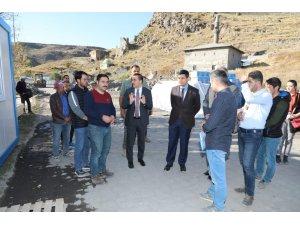 Vali Türker Öksüz, Bedesten inşaatında incelemelerde bulundu