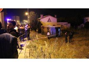 Sivas'ta 1 kişinin öldüğü 1 kişinin yaralandığı korkunç kaza kamerada