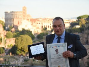 Keşaplı İtalya'da ödüle doymuyor