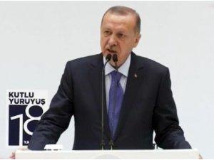 """Cumhurbaşkanı Erdoğan: """"Türkiye'yi itip kakabileceklerini sananlar bir kez daha derslerini aldı"""""""