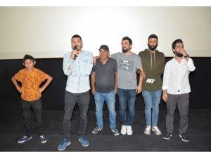 """""""Facia Üçlü Karışma Bende"""" Adana özel gösterimi"""