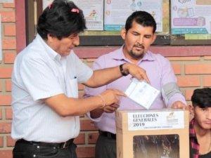 Bolivya'da halk sandık başında