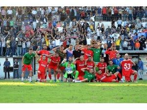 TFF 3. Lig: Nazilli Belediyespor:3 - Diyarbekirspor:1