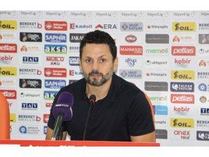 """Erol Bulut: """"Süper Lig'in lideri olarak devam ediyoruz"""""""