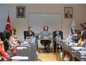 Yaşar Üniversitesine büyük onur