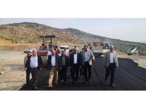 Kilis'te köy yollarının yapımı sürüyor