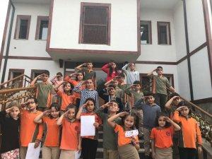 Kartepeli Öğrenciler, Mehmetçiğe selam gönderdi