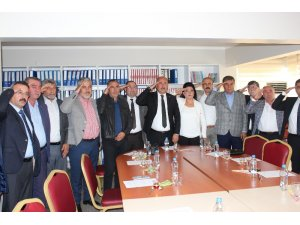Yahşihan Belediye Meclisinden Mehmetçiğe asker selamı