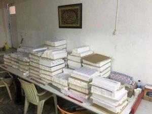 Fatih'te piyasa değeri 3 milyon lira olan sahte sigara kağıdı ele geçirildi