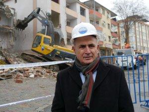 Büyükçekmece'de risk taşıyan bin 200 bina yenilendi