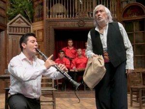Müjdat Gezen'den nostaljik müzikal