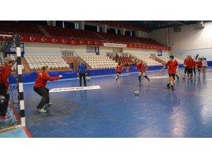 Kastamonu Belediyespor'da EHF Kupası hazırlıkları sürüyor