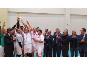 Simav voleybol öğretmen takımı bölge şampiyonu oldu