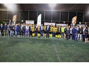 Söke Belediyesi halı Saha turnuvası tamamlandı; kurumlarda Milli Eğitim, kuruluşlarda Kimsesizler Derneği şampiyon