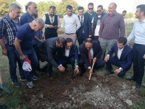 Mersin'de Ülkü Ocakları üyeleri fidan dikti