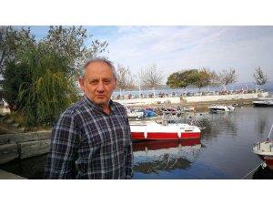 Teknesiyle gölde kaybolan doktoru balıkçılar buldu