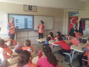 Burhaniye'de öğrencilere Erozyon semineri