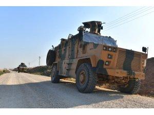 """MSB: """"Fırat'ın doğusundaki Derbesiye bölgesinde Türk ve Rus askeri unsurlarının dörder araç ve İHA'larla iştirak ettiği 6. ortak kara devriyesi planlandığı gibi tamamlandı."""""""