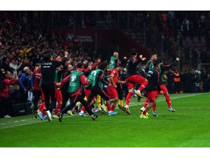 A Milli Futbol Takımı 5. kez Avrupa Şampiyonası'nda