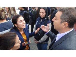 Belediyeye girmek isteyen HDP'li vekile polis izin vermedi