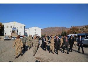 Bakan Yardımcısı Ersoy ile Jandarma Genel Komutanı Çetin Tunceli'de