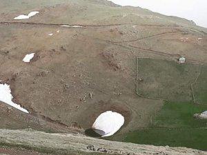 Gümüşhane Valiliği Dipsiz Göl'deki define kazısı ile ilgili soruşturma başlattı