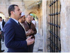 Baydilli Şazeli Ali Dede'nin kabrini ziyaret etti